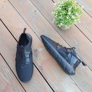 NWOB Men's Nike Vortak Black Running Shoes